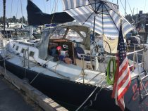 Exploring Friday Harbor. San Juan Sailing Trip – August 17, 2018